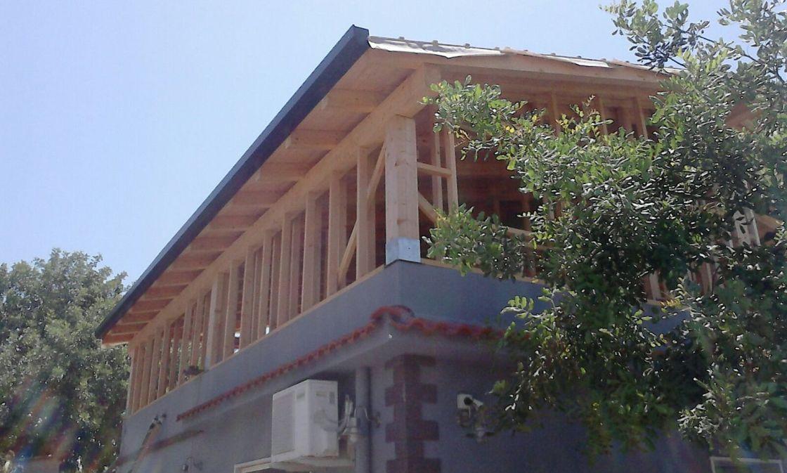 Piano sopraelevato in legno